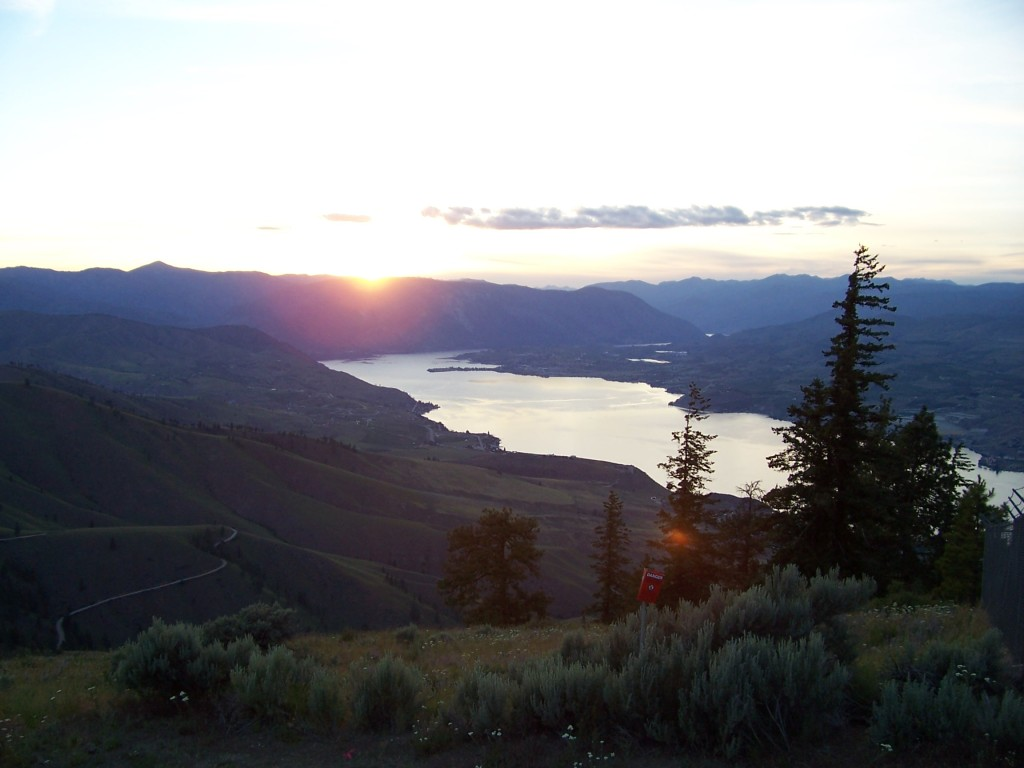 Sunset in the Chelan Valley